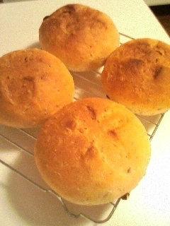 2010.03.13 ミューズリーのパン