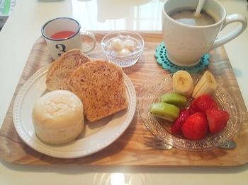 山角さんのパンで朝ご飯