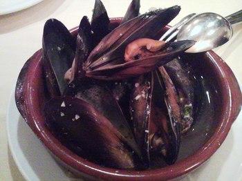 カサ・デ・フジモリ ムール貝のシェリー酒蒸し