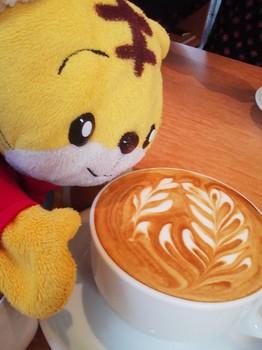 150225_Cafe Elliott Avenue_カフェラテ.JPG