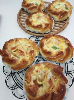 160208_お惣菜パン_1.JPG