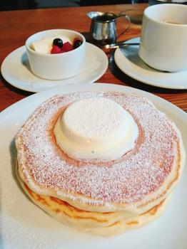 161111_IVY PLACE_バターミルクパンケーキ.JPG