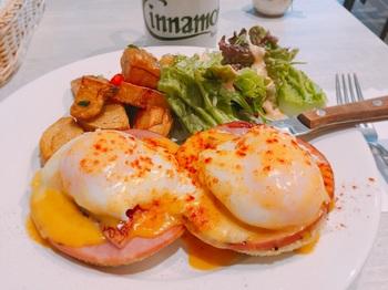 170123_Cinnamons_Eggs Benedict.JPG