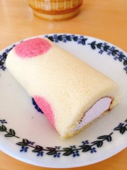 170308_いちごロールちゃん_期間限定 いちごクリーム_2.JPG