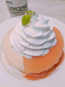 170912_Cinnamon's_グァバシフォンパンケーキ.JPG
